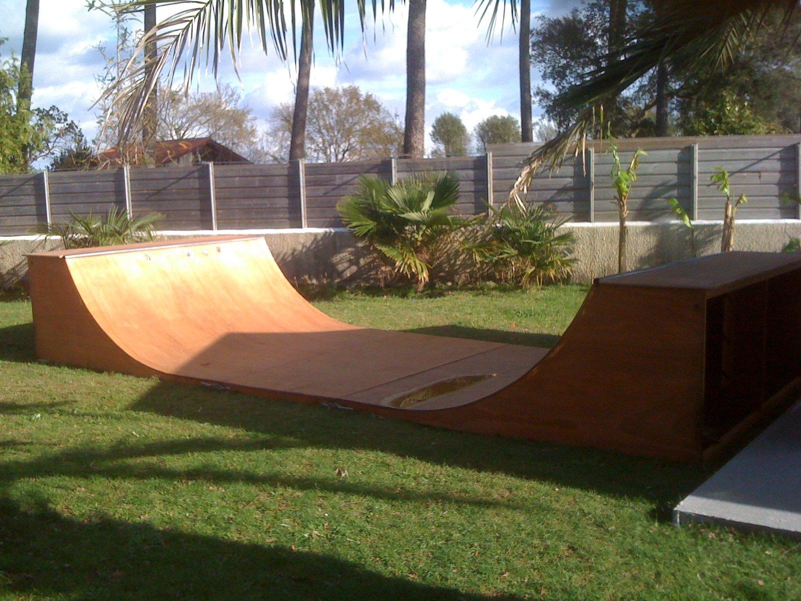 rampe de skate jeux et jouets sur enperdresonlapin. Black Bedroom Furniture Sets. Home Design Ideas